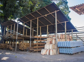 peças de madeiras em betim